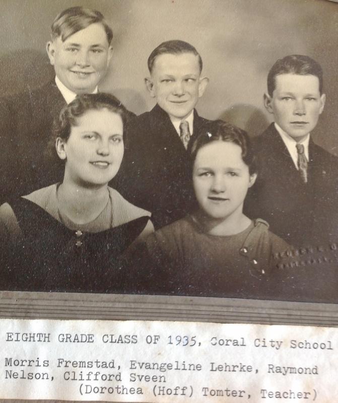 1935 Coral City grads (671x800)