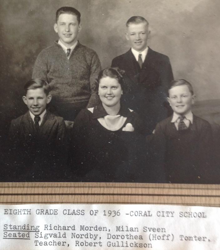 1936 grads coral city (705x800)