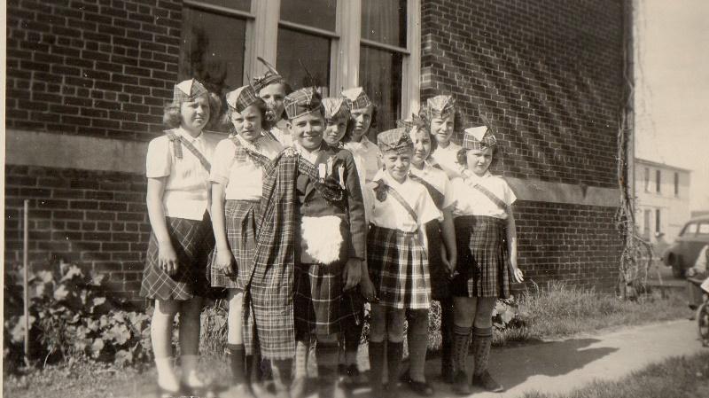 1946 Rural Sch Program in Blair Joyce Syverson, Eliz Johnson, Sylvia Sather, David Dahl, Janet Johnson, Lily Johnson, Fern Johnson, Darlene Syverson, Bernice Johnson, Donna DeHussen (800x449)