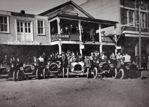 Carl McKeeth Garage 1925.jpg