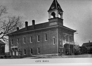 Galesville City Hall 1900.jpg