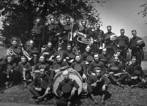 Galesville Cornet Band 1920.jpg