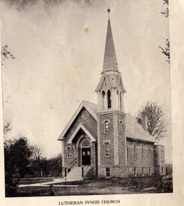Galesville Lutheran church 1915.jpg