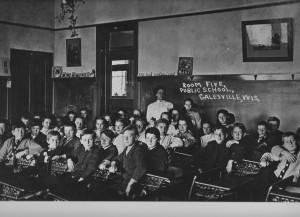 Grade 5 1910.jpg
