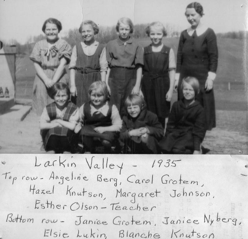 Larkin Valley 1935 (800x771)