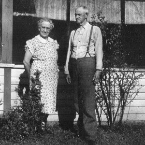Mattie and Charles Hollinger Galesville (640x638)
