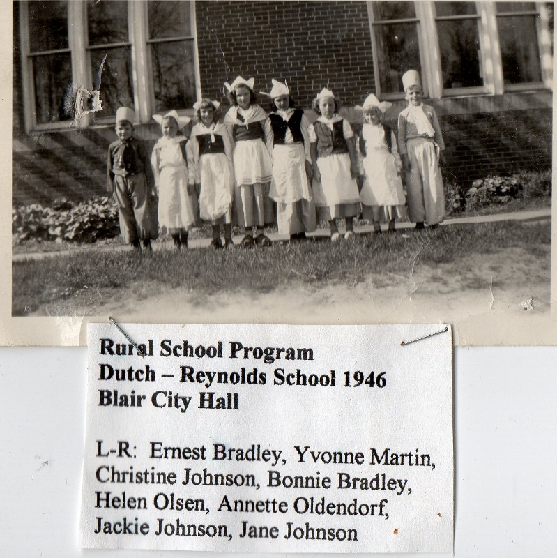 Reynolds School 1946 (799x800)