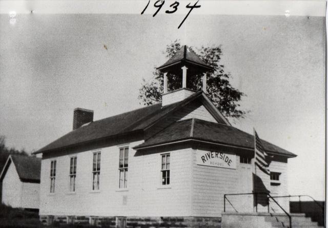 Riverside 1934 Preston (640x445)