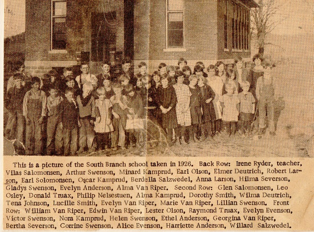 S Branch students 1926 (640x474)