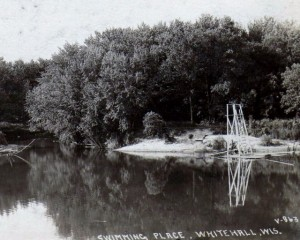 swimming hole 1922.jpeg (640x512)