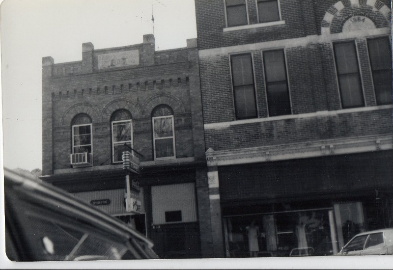 Jensens Cafe 1980 (800x550)