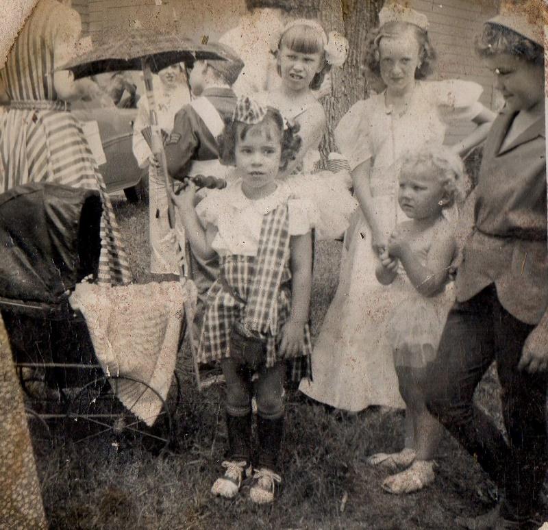 Kiddie Parade Centennial 1954 (800x774)