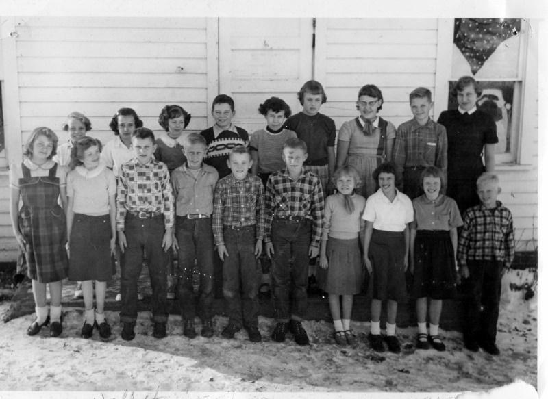 White School 1955 (800x583)